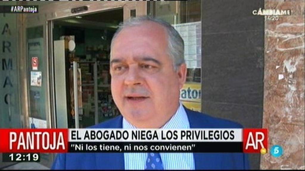 """El abogado de Isabel Pantoja: """"Espero que esto no afecte a la gestión del tercer grado"""""""