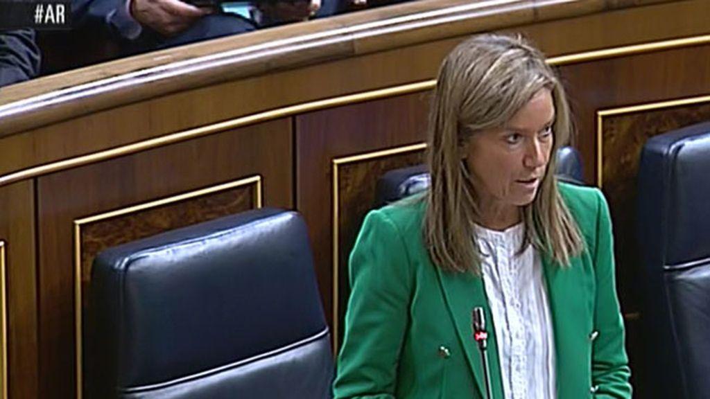 Ana Mato contesta sobre el ébola en el Congreso