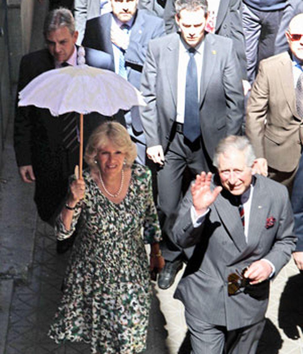 El Príncipe de Gales y la Duquesa de Cornualles, en Sevilla Foto: Gtres