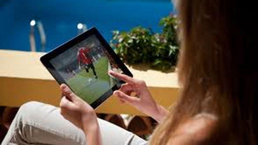 televisión en el tablet, tableta,