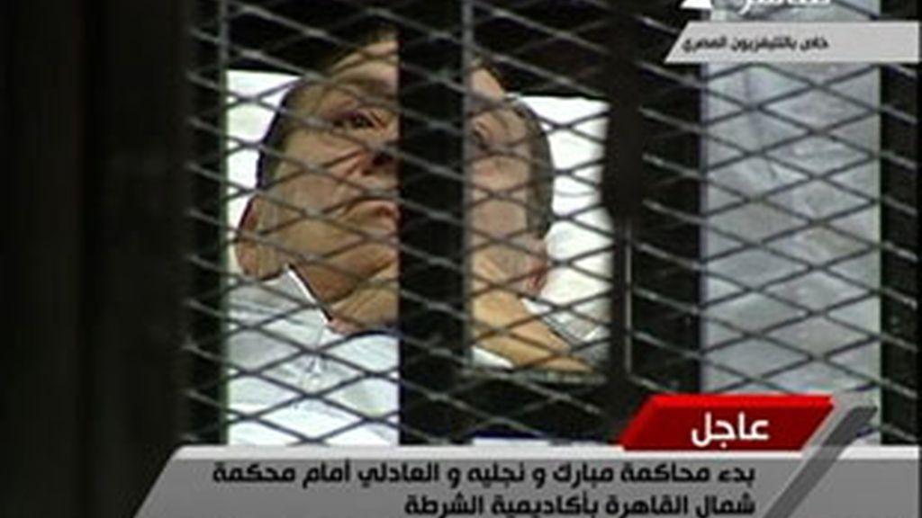 El ex presidente egipcio, Hosni Mubarak, contra las cuerdas. Vídeo: Informativos Telecinco.