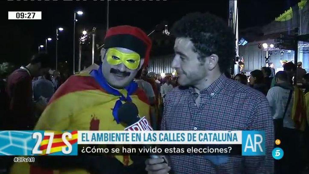Rabaneda intenta juntar la tortilla española y el 'pan tumaca' en la noche electoral