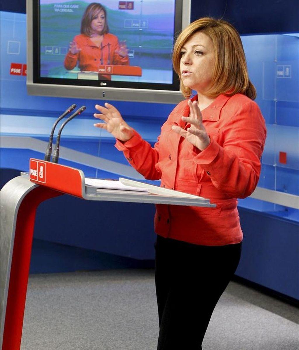 La portavoz del Comité Electoral del PSOE, Elena Valenciano, durante la rueda de prensa que ofreció hoy en la sede del partido, en Madrid, tras la reunión de este órgano. EFE