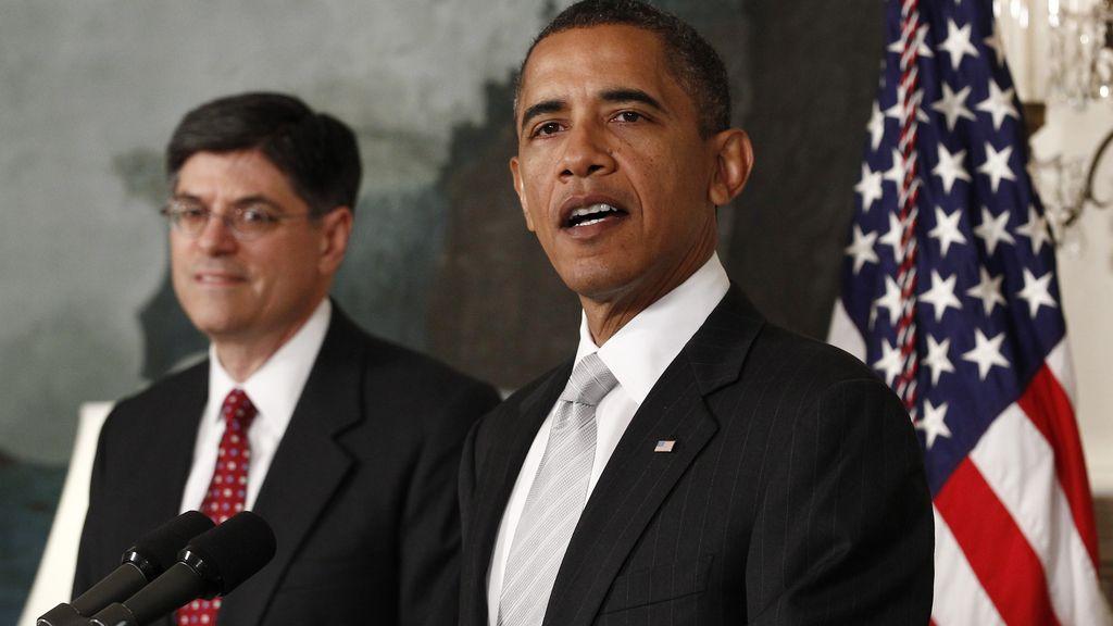 Jack Lew, nuevo jefe del Gabinete de Obama, junto al presidente de EEUU