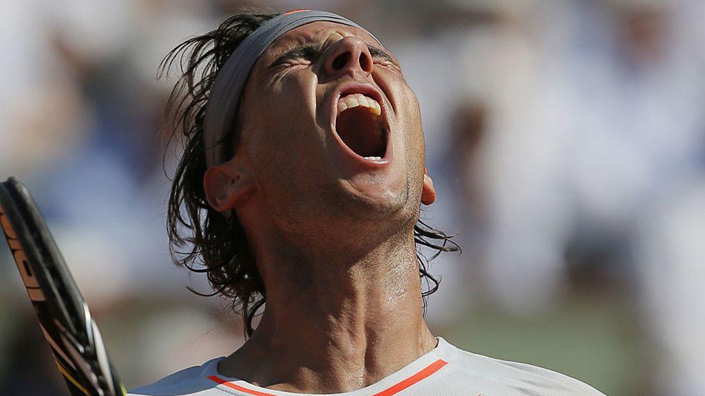 Rafa Nadal, en el momento de ganar a Novak Djokovic y pasar a su octava final en París