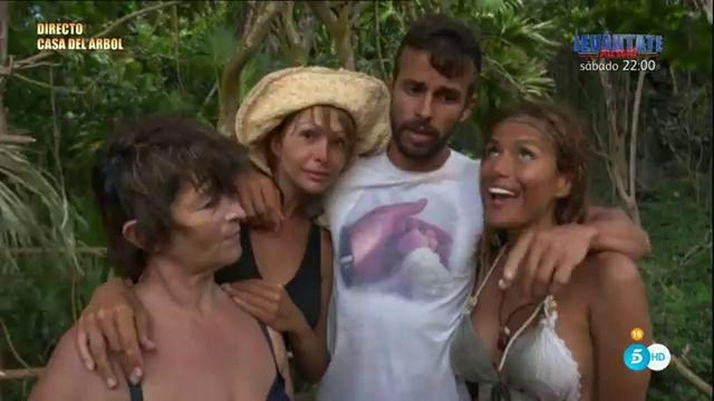 Cristian y Mari Carmen vuelven a España con el saco lleno de tristeza y desilusión