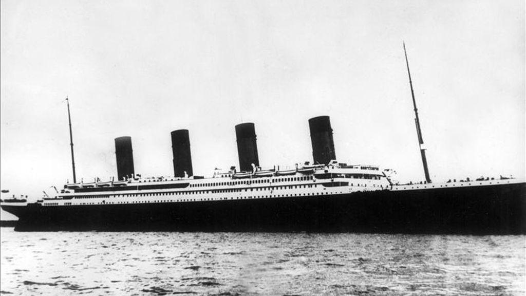 """Imagen del """"Titanic"""", que en la madrugada del 15 de abril de 1912 se hundió tras chocar con un iceberg, a 150 millas de la costa de Terranova. EFE/Archivo"""