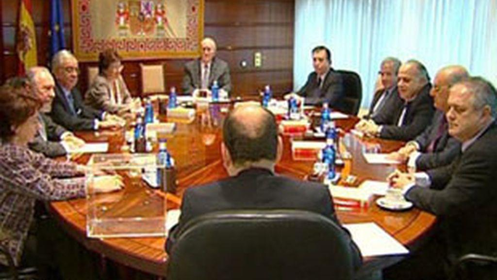 Reunión de los miembros del TC.