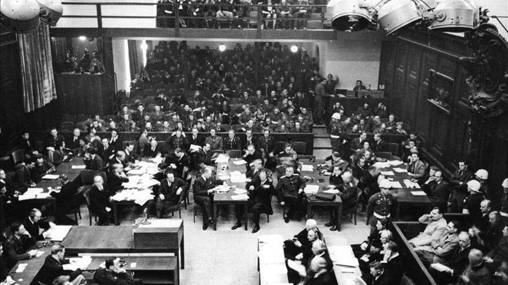 Foto de archivo, tomada el 20 de noviembre de 1945, en el primer día de los juicios de Nuremberg contra los principales dirigentes del Partido Nacionalsocialista alemán por crímenes contra la humanidad. EFE/Archivo