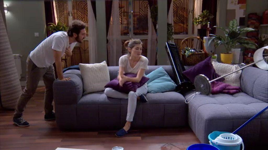 Sergio y Natalia inundan su casa