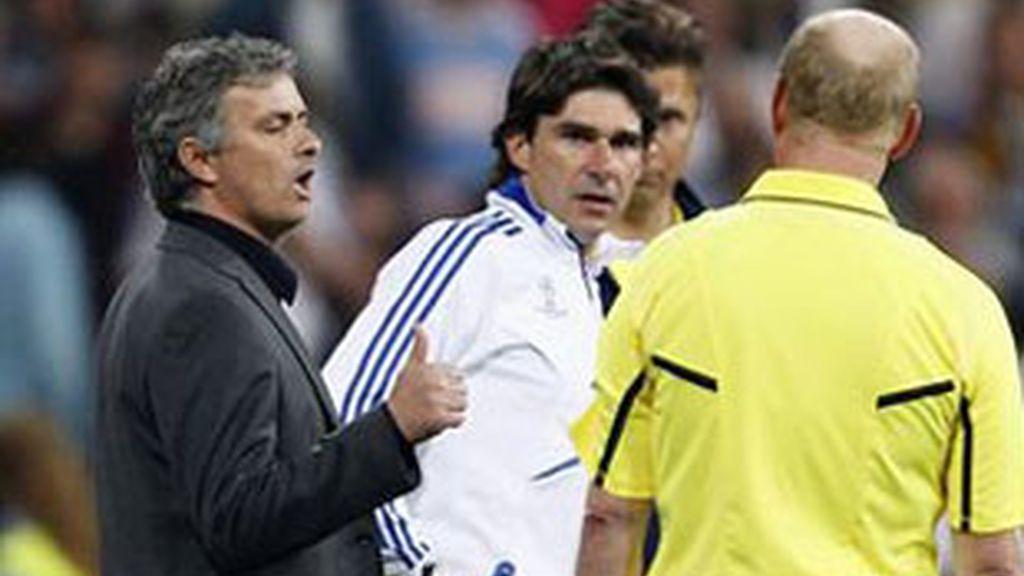 Archivada la denuncia de los árbitros contra Mourinho. Foto:Reuters