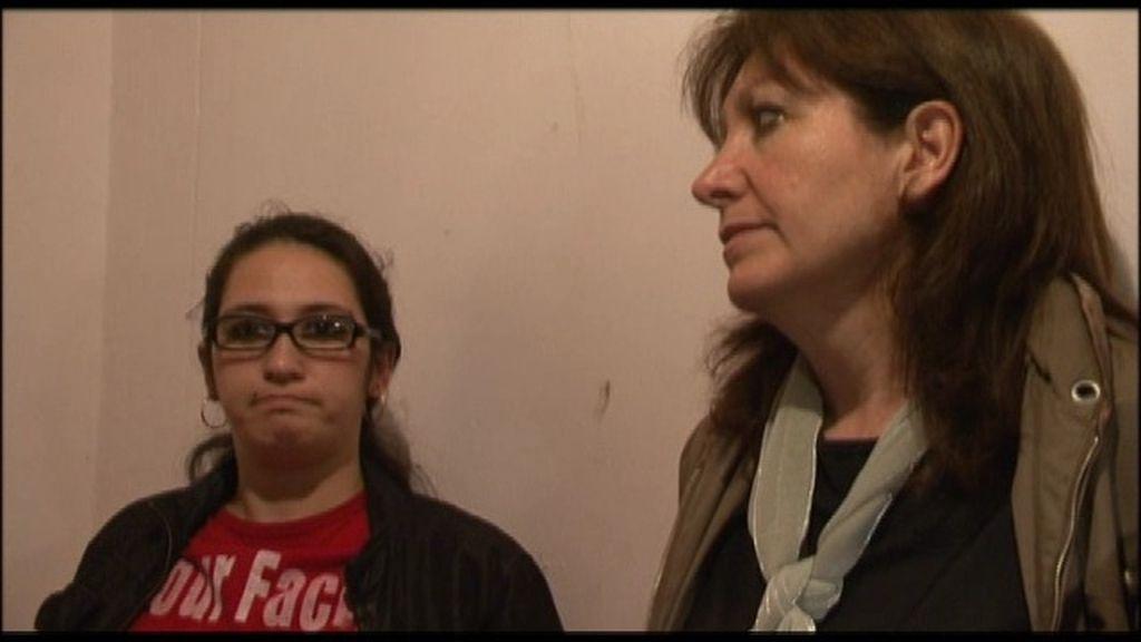 María José y la familia que ha okupado su casa dialogan para solucionarlo