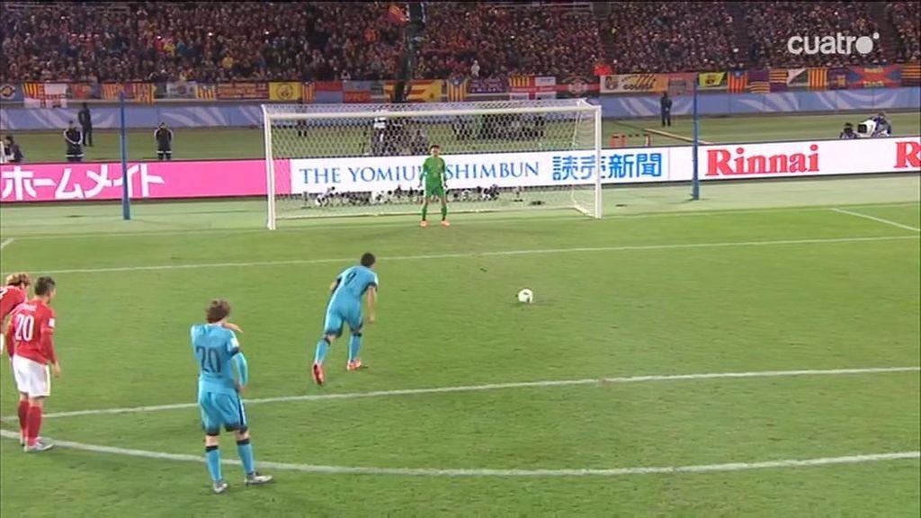 ¡Hat-trick de Luis Suárez tras anotar con precisión un penalti sobre Munir!