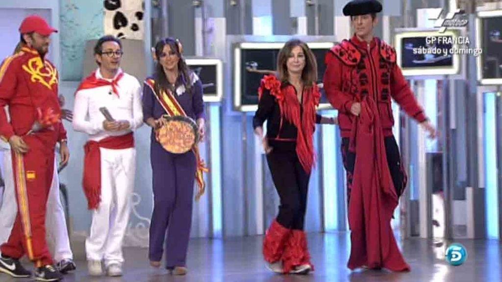 Ana Rosa, Màxim Huerta, Joaquin Prat, Carmen Alcayde, Santi Villas yNagore Robles se han convertido en modelos por un día