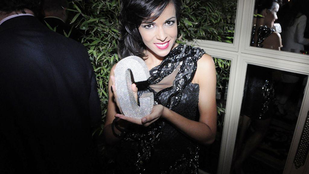 La cantante Raquel del Rosario no soltó su premio en toda la noche