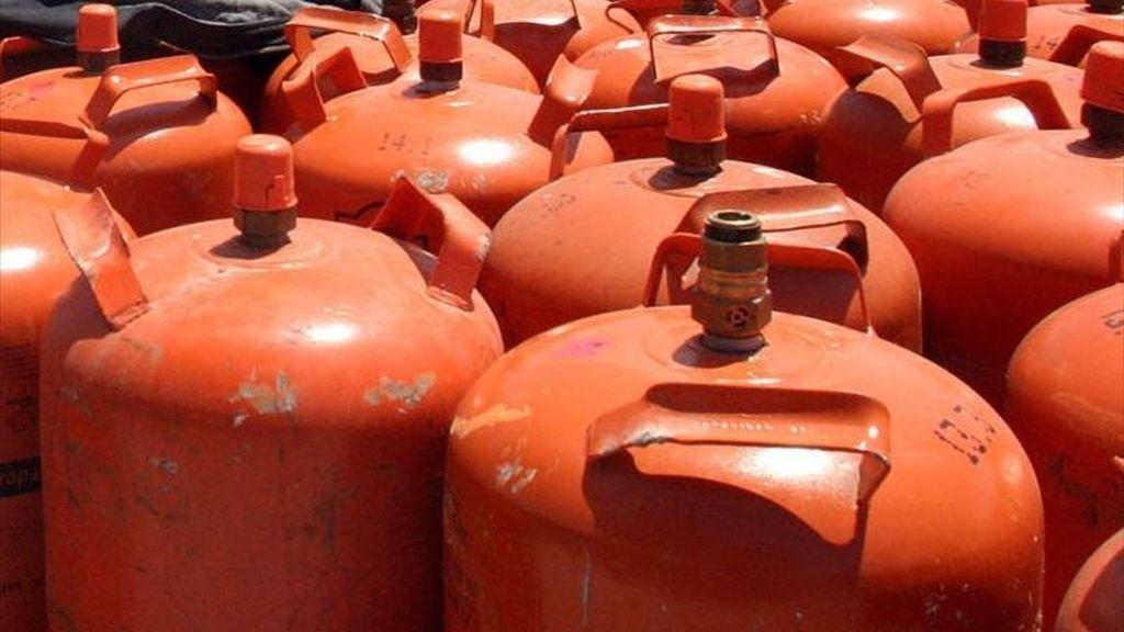 Los distribuidores de GLP (gas licuado del petróleo) de Repsol Butano han acordado interrumpir el reparto domiciliario de la bombona de butano en toda España el próximo día 11 de mayo en protesta por la reducción de márgenes. EFE/Archivo