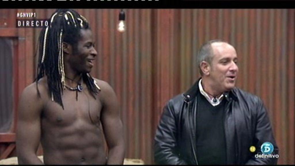 Víctor Sandoval, impresionado al encontrarse con Coman desnudo
