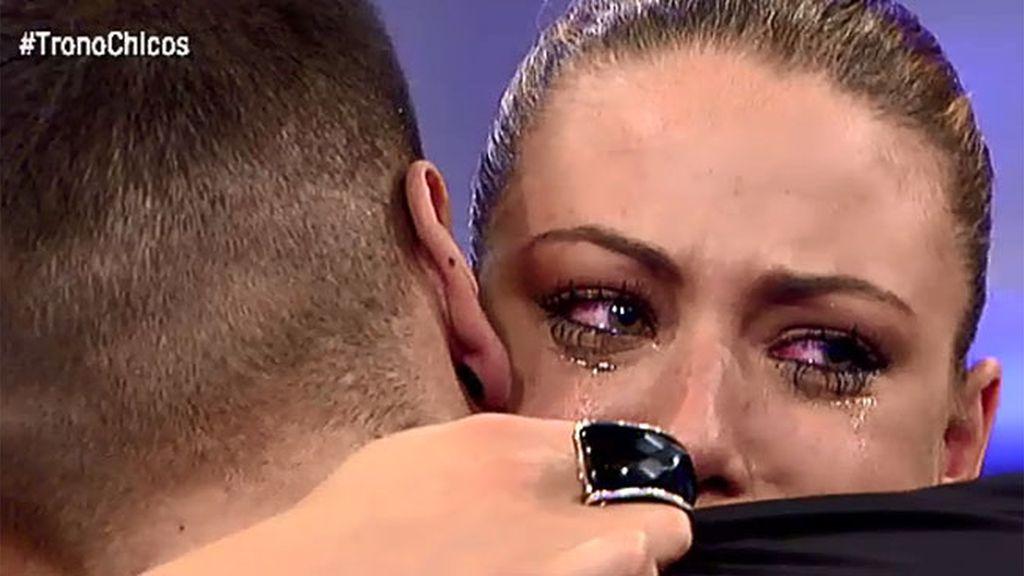 Paula llora desconsoladamente tras ser expulsada por Iván