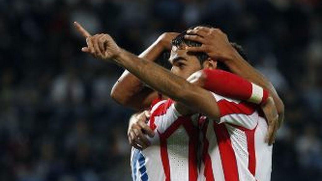 Adrián celebra un gol. REUTERS