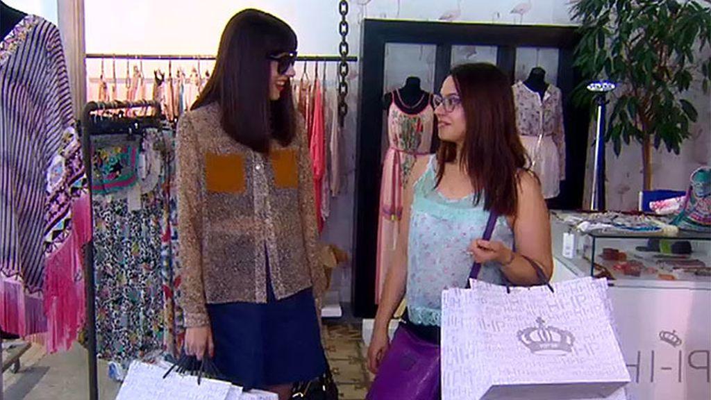 Natalia Ferviú y Cristina eligen gafas y vestidos para la pasarela de 'Cámbiame'
