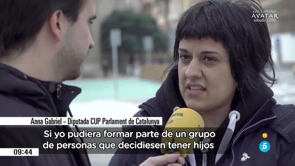 Anna Gabriel, de la CUP apuesta por criar a los hijos en comunidad