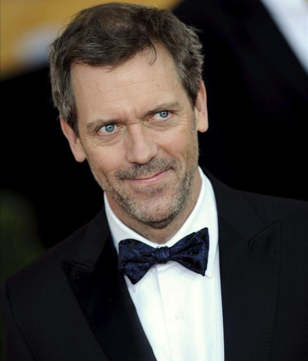 """El actor británico Hugh Laurie, que presenta hoy en concierto en París su álbum """"Let them talk"""", asegura que a los diez años quería ser músico de blues, y no el doctor House que le llevó a la fama a través de la televisión. EFE/Archivo"""