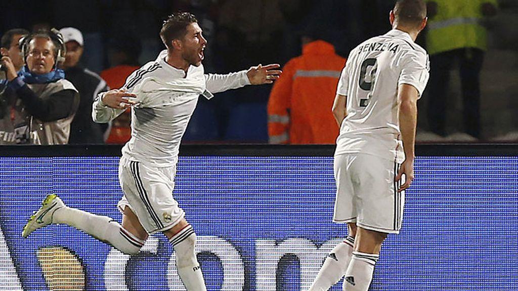 Ramos adelanta al Madrid con un cabezazo a la salida de un córner botado por Kroos