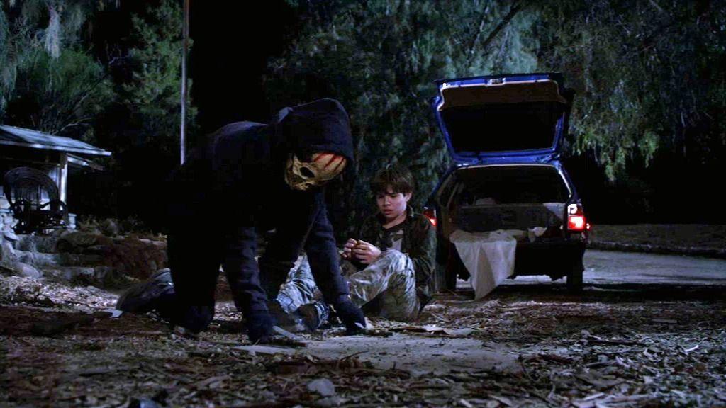 """El SuDes encierra al niño en un zulo de madera: """"Con esto aprenderás"""""""