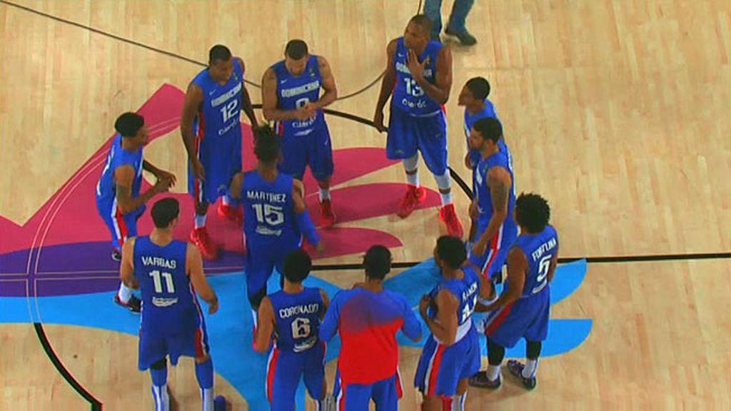 La República Dominicana celebra a lo grande su victoria ante Finlandia