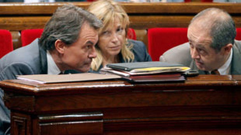 El presidente de la Generalitat, Artur Mas, justifica la violencia. Video: Informativos Telecinco