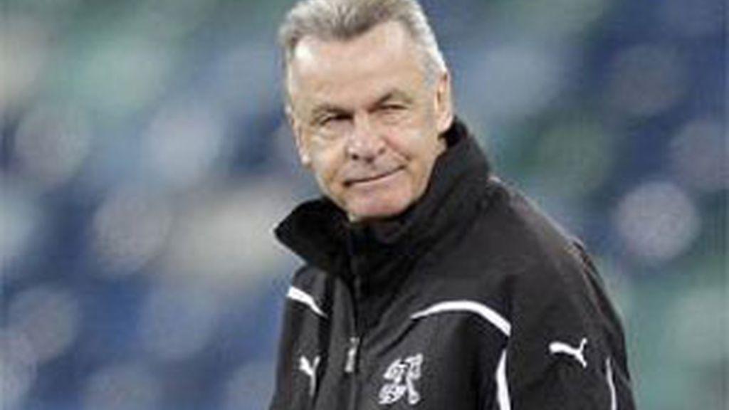 El entrenador alemán Hitzfeld carga contra Mourinho. Foto: EFE