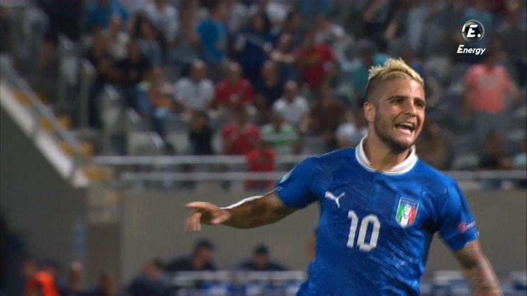 Insigne dio la victoria a Italia frente a Inglaterra con un gol de falta.
