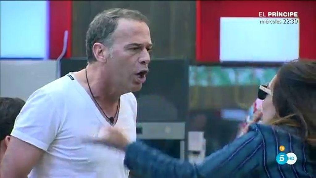 """Raquel, a Carlos: """"A mí me molestas tú, hasta tu respirar, eres un chulo y prepotente"""""""