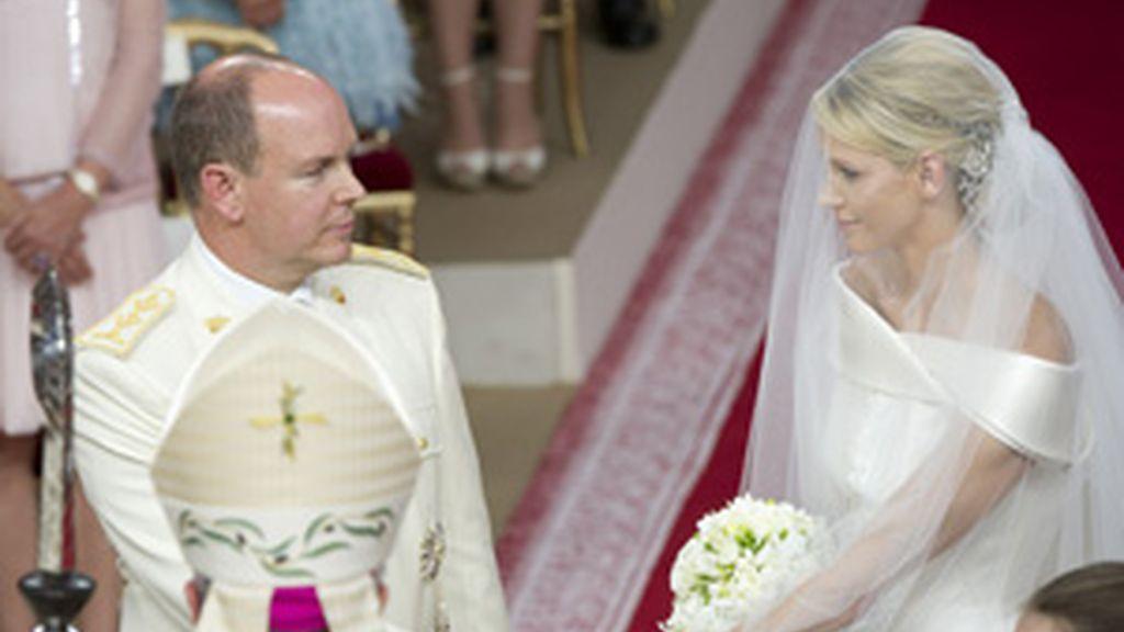 Uno de los momentos de la ceremonia religiosa entre Alberto de Mónaco y Chalene Wittstock FOTO: GTRES
