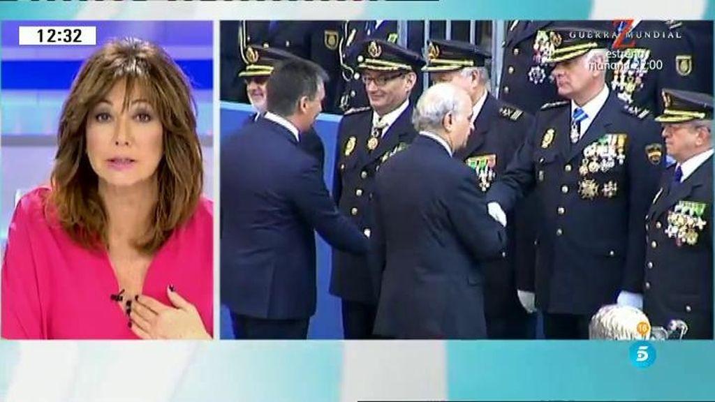 """Ana Rosa, galardonada con la medalla al mérito de la policía: """"Es un honor"""""""