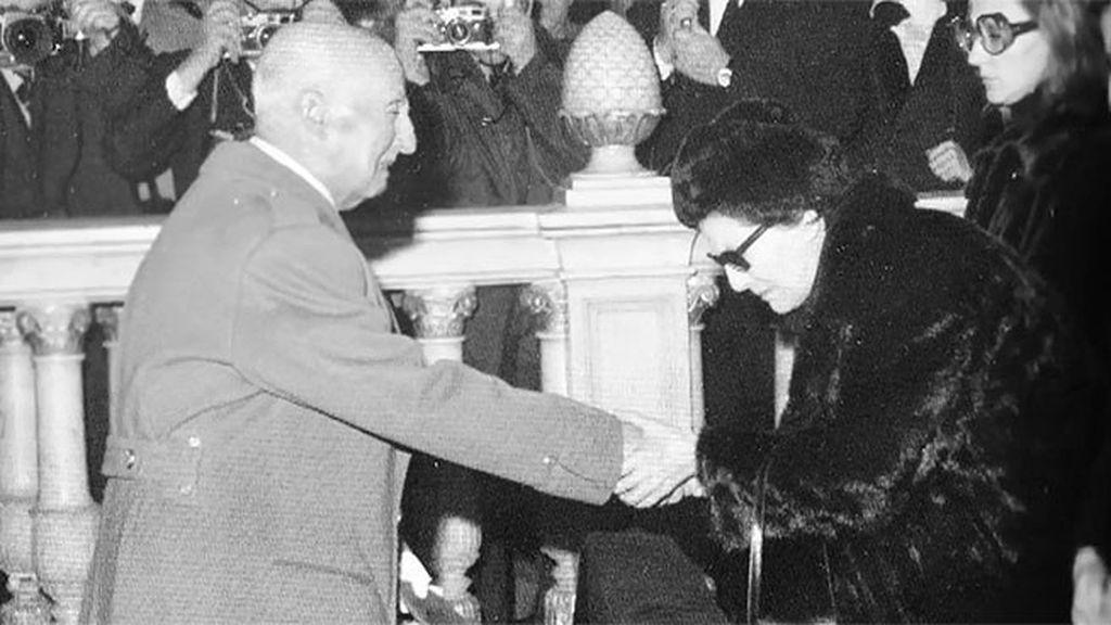 El asesinato de Carrero Blanco deja ver por primera vez a un Franco frágil