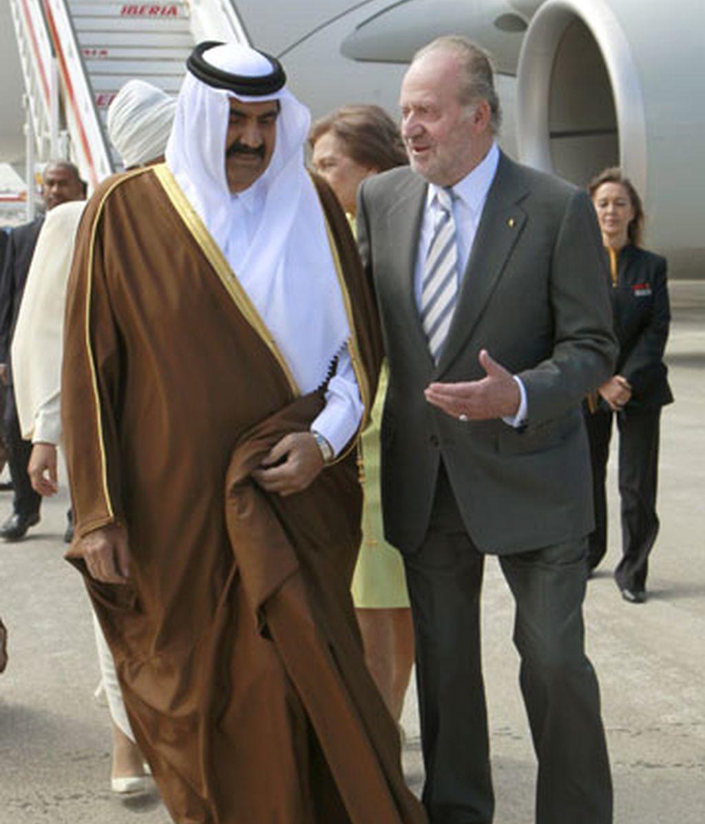 El emir de Catar visita España