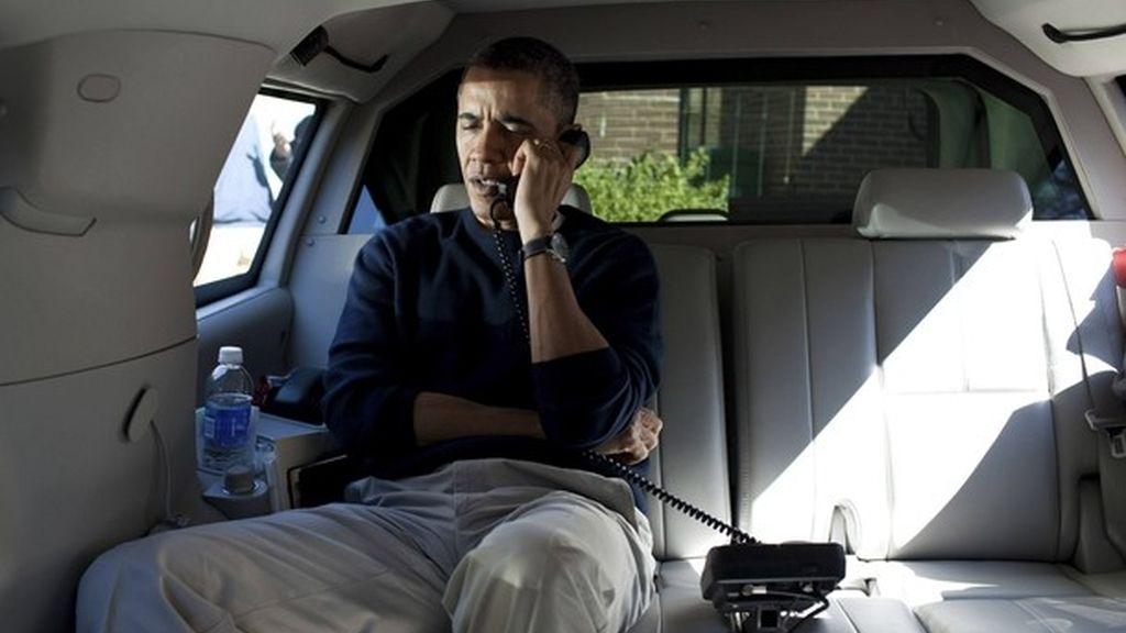 Teléfono directo con Karzai