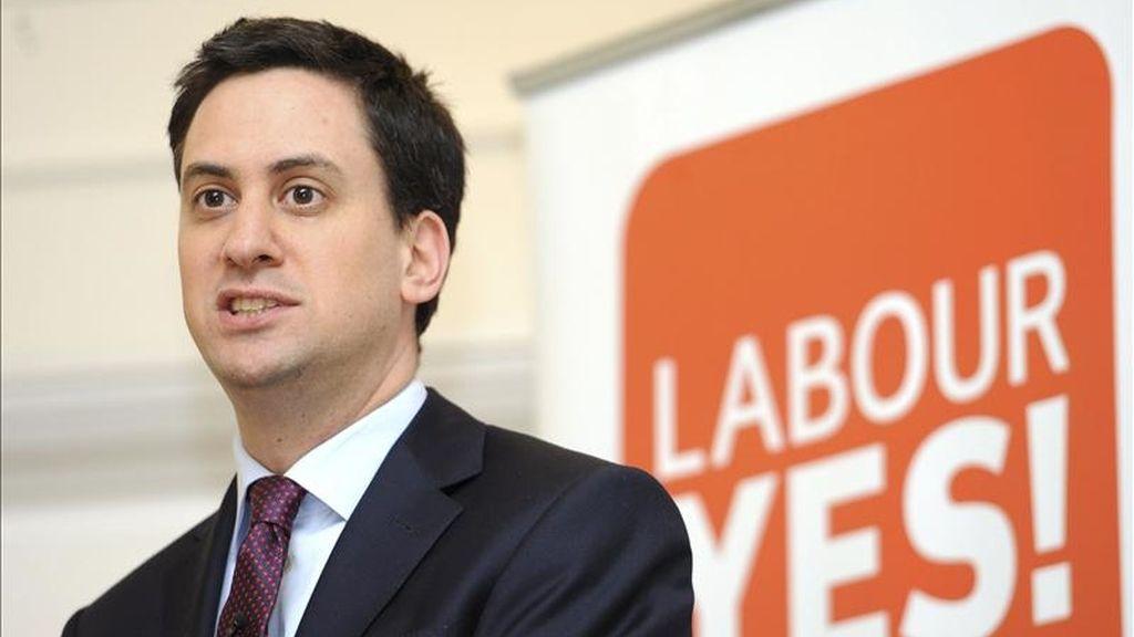 """El líder del Partido Laborista británico Ed Miliband asiste al lanzamiento de la campaña a favor del """"Sí"""", en el referéndum para cambiar el sistema de voto alternativo. EFE/Archivo"""
