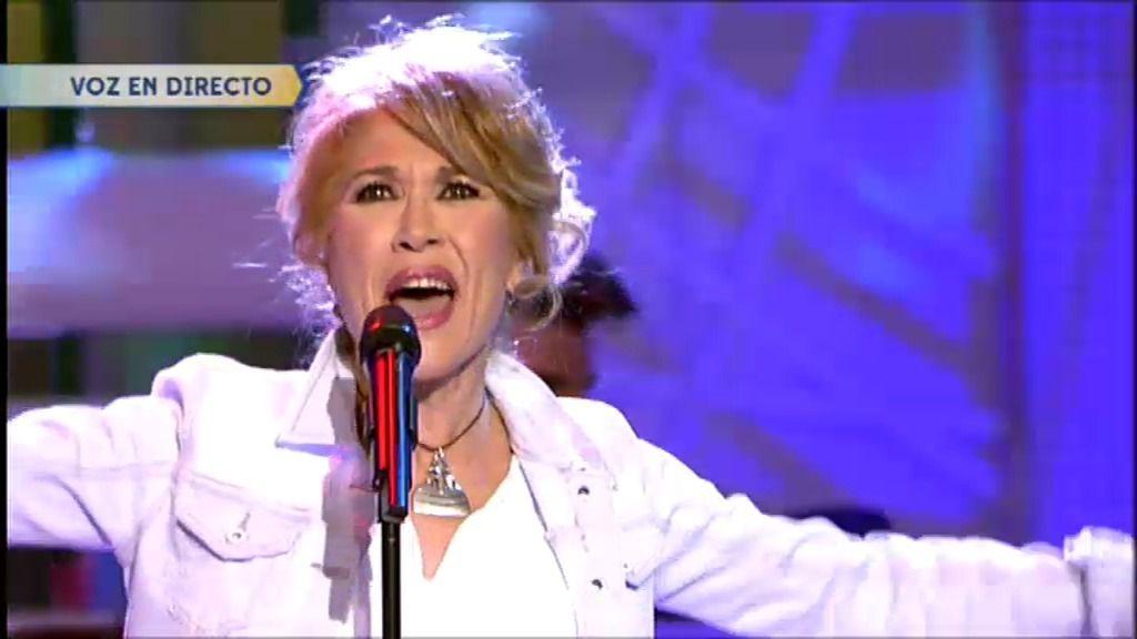 Helena Bianco canta 'Sueño su boca' de Raúl en ¡Qué tiempo tan feliz!