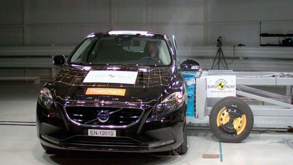 Volvo V40 - crash test