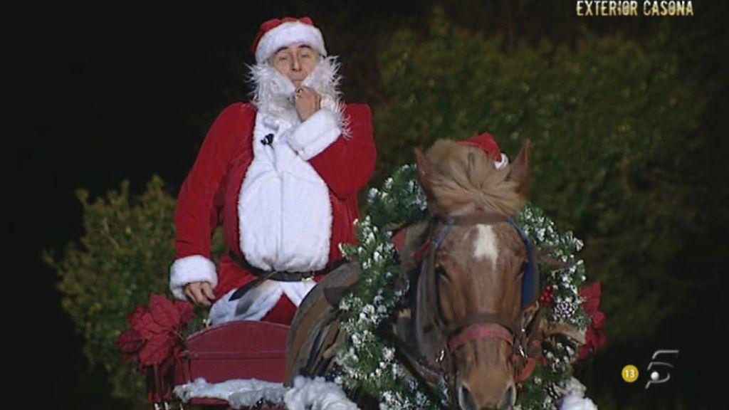 El ex superviviente ha llevado a la granja el espíritu navideño