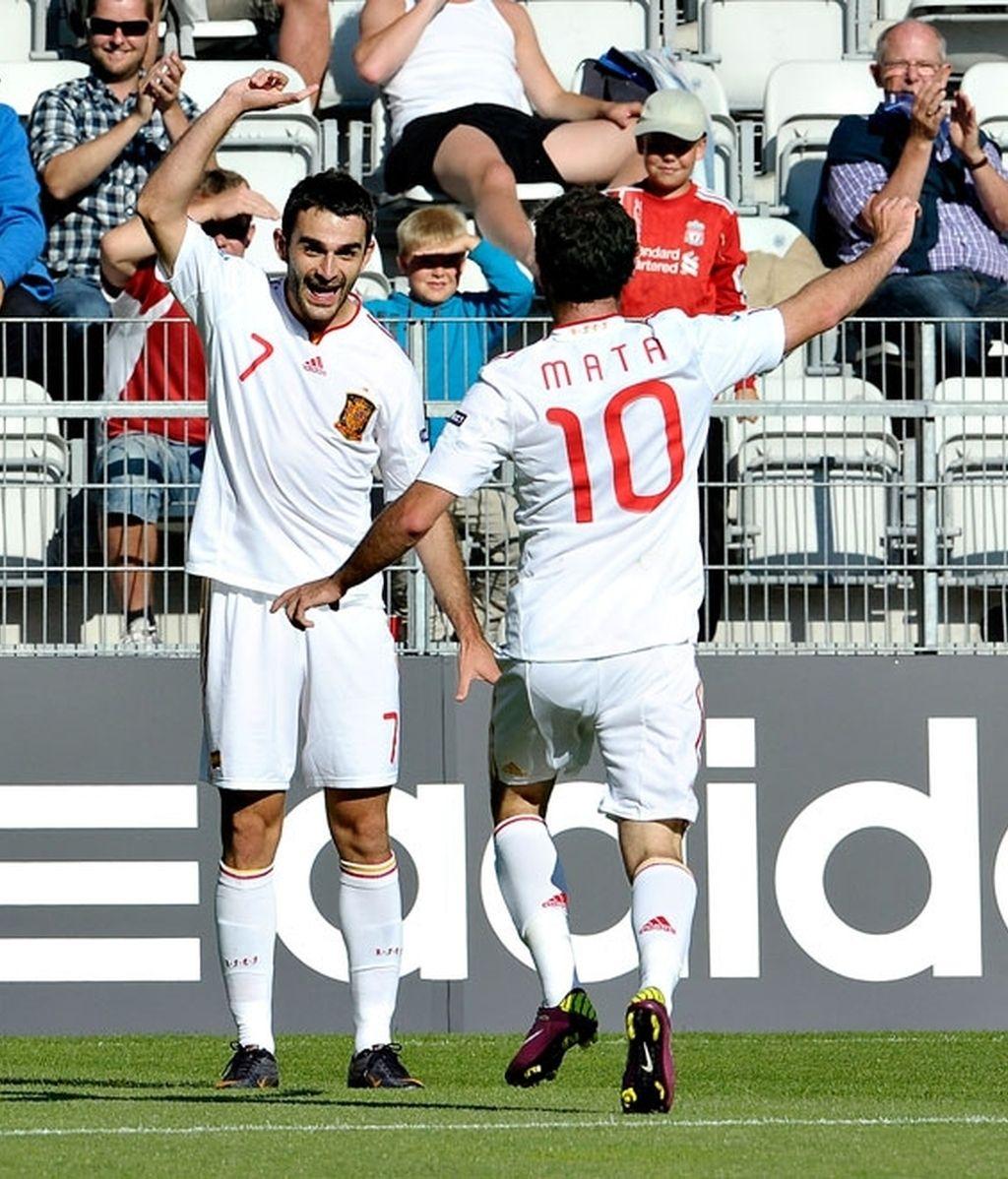 La Rojiga consigue sumar una victoria vital para sus aspiraciones. Foto: Reuters.