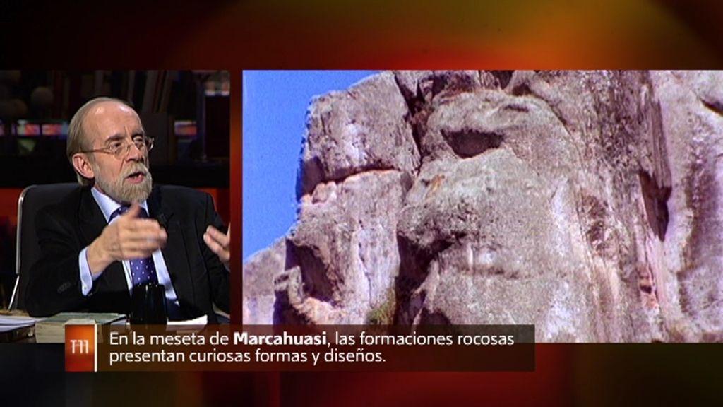 La meseta Marcahuasi en Perú presenta rocas con formas humanoides y animales