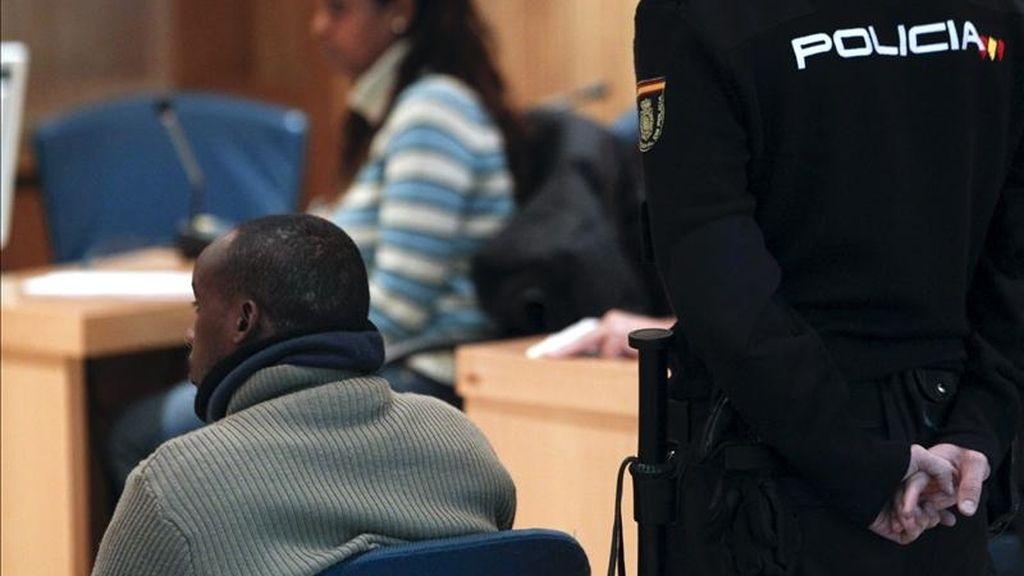 """El presunto pirata somalí Raageggesey Adji Haman, acusado, junto a Abdy Willy del secuestro del """"Alakrana"""" en octubre de 2009, el pasado mes de enero en la Audiencia Nacional. EFE/Archivo"""