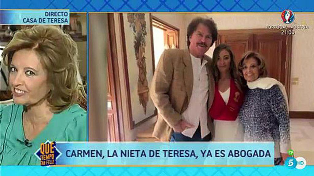 """María Teresa: """"He salido de la cama para ver a mi nieta graduarse como abogada"""""""