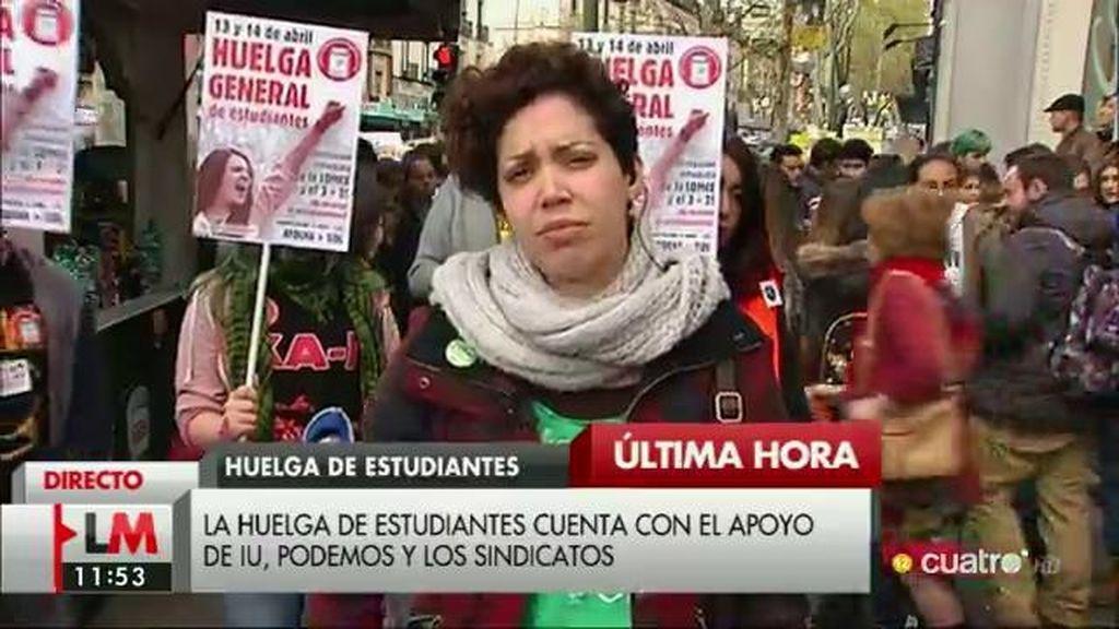 """Ana García: """"Salimos a la huelga para decir que los jóvenes no tragamos con la LOMCE, con el 3+2 y con los recortes"""""""
