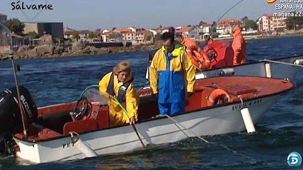 La periodista ha trabajado durante tres días con pescadores y mariscadoras