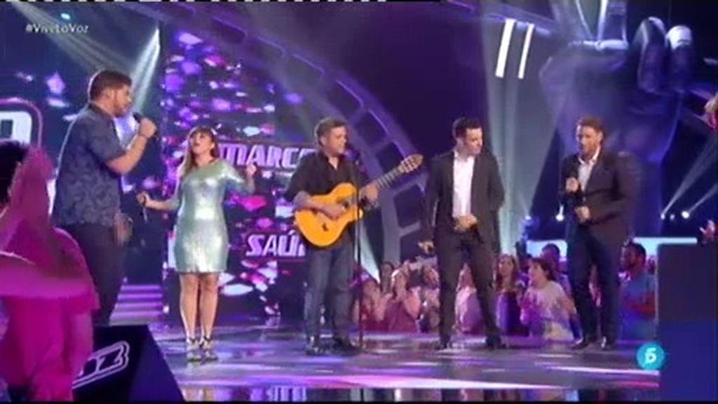 Saúl, Marcos, Irene y José Manuel cantan junto a Alejandro Sanz