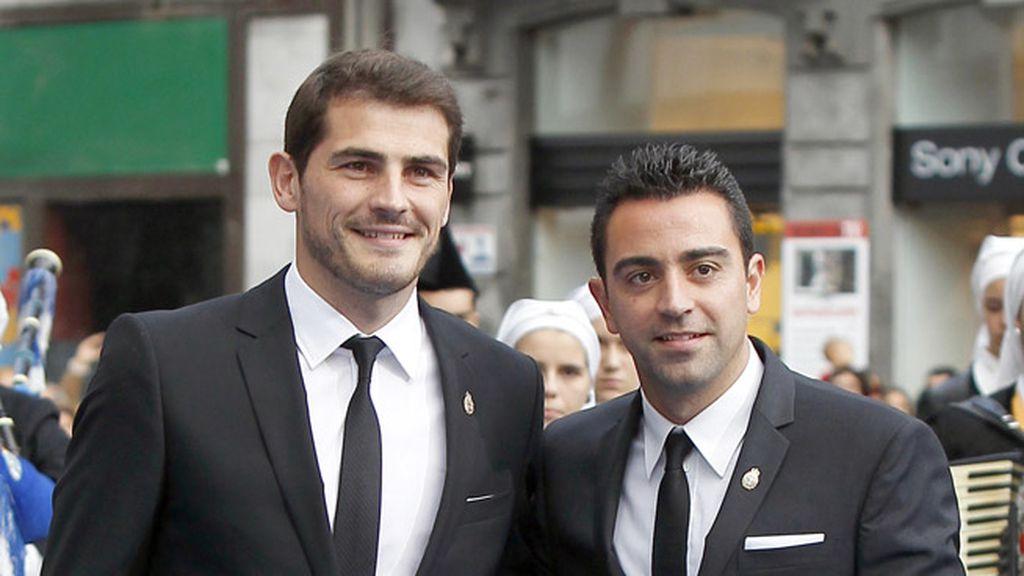 Xavi e Iker, sonrientes, como siempre que están juntos